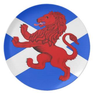 León desenfrenado/la bandera antigua de Escocia Plato De Cena