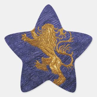 León desenfrenado - oro en azul pegatina en forma de estrella