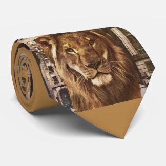 león en ciudad corbatas