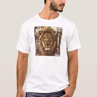 león en ciudad playera