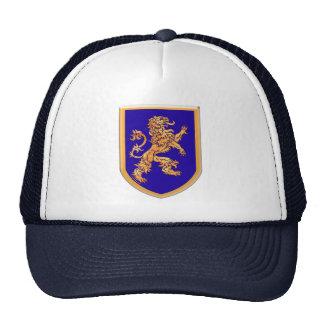 León en el escudo azul gorra