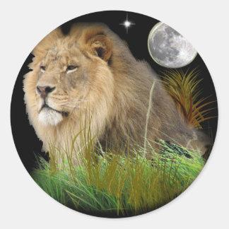León en la selva pegatina redonda