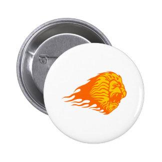 León en llamas pin redondo de 2 pulgadas