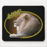 León en óvalo alfombrillas de raton