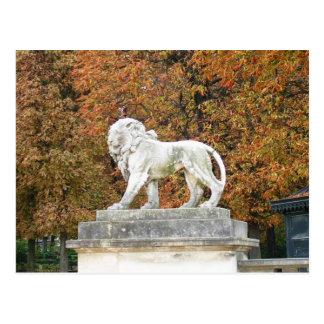 León en París Postal