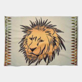 León hecho del metal oxidado toallas