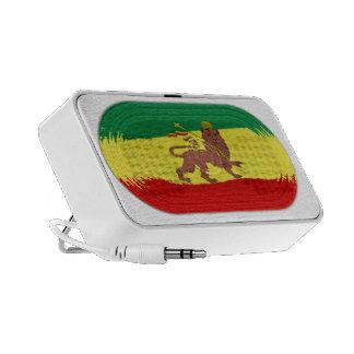 León lindo de la bandera de Rastafari del reggae Altavoces De Viajar