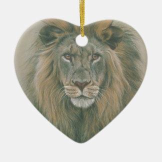León masculino con la melena hermosa ornaments para arbol de navidad