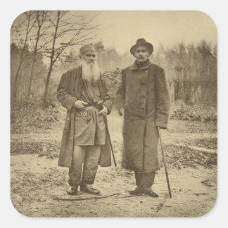 León Tolstói y la máxima Gorki del autor Pegatina Cuadrada