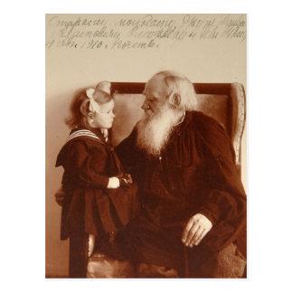 León Tolstoy con su nieta, Tatiana Postales