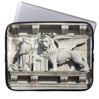 León veneciano fundas portátiles