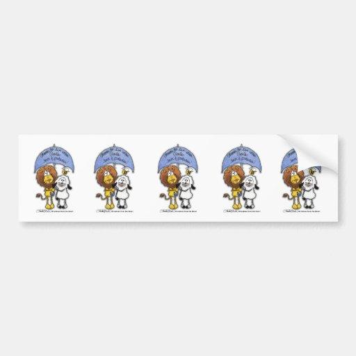 León y cordero debajo del paraguas pegatina de parachoque
