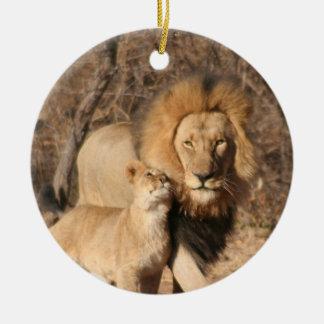León y ornamento de Cub Ornamento De Navidad