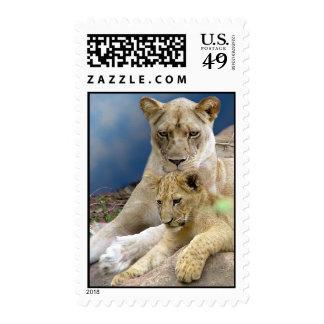 Leona y franqueo de Cub Timbre Postal