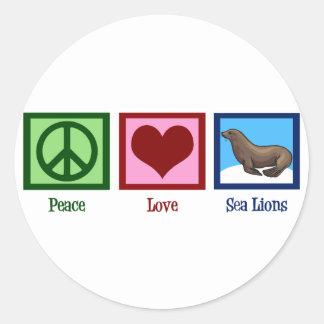 Leones marinos del amor de la paz etiquetas redondas