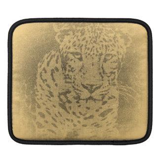 Leopard Portrait Vintage iPad sleeve
