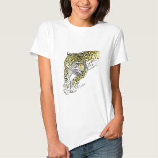 Leopard reclining on white T-Shirt