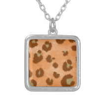 leopard spot pattern silver plated necklace
