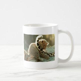 leopardo-bebé taza