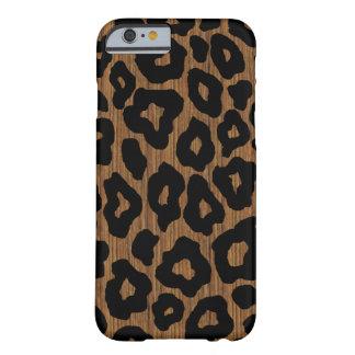 Leopardo de madera de la MOD Funda Barely There iPhone 6