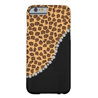 Leopardo, diamante, y caja negra del iPhone 6 Funda Barely There iPhone 6