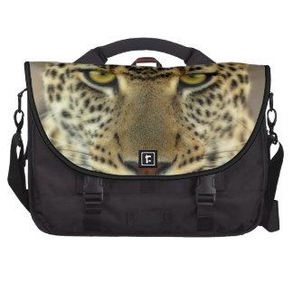 Leopardo feroz bolsa para ordenador
