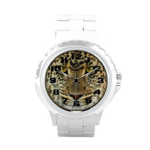 Leopardo feroz reloj de mano