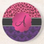 Leopardo púrpura del rosa del damasco del monogram posavasos diseño
