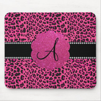 Leopardo rosado del monograma alfombrillas de ratones