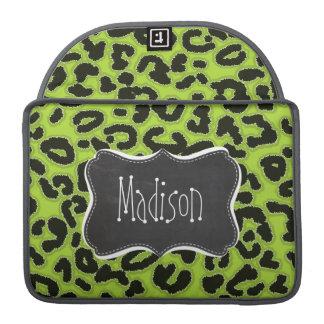 Leopardo verde cítrico; Pizarra del vintage Fundas Macbook Pro