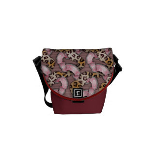 Leopards 'n Lace - intense pink - Courier Bags