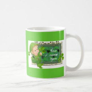 Leprechaun afortunado taza