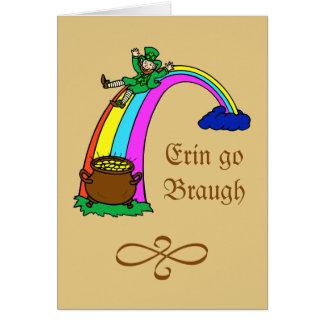 Leprechaun de la mina de oro del arco iris del día felicitacion