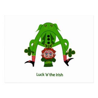 Leprechaun divertido postal