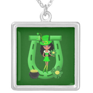 Leprechaun trigueno del chica del día de St Patric Pendientes Personalizados