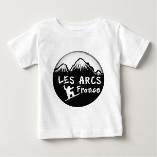 Les Arcs France artistic skier T Shirt