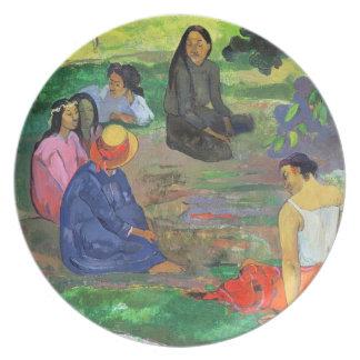 Les Parau Parau (The Gossipers) Plates