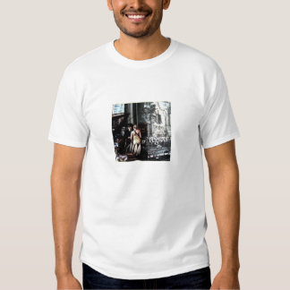 Les Regrets advert with people in Paris T-Shirt