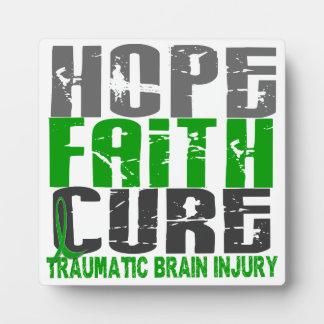 Lesión cerebral traumática TBI de la curación de f Placa Para Mostrar