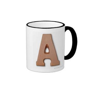 Letra a del chocolate taza de dos colores