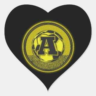 Letra A del monograma del fútbol de la medalla de Pegatina En Forma De Corazón