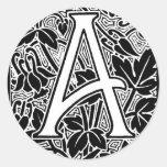 """Letra adornada """"A """" Pegatinas Redondas"""
