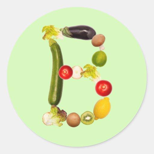 """letra """"B"""" de frutas y verduras Pegatina Redonda"""