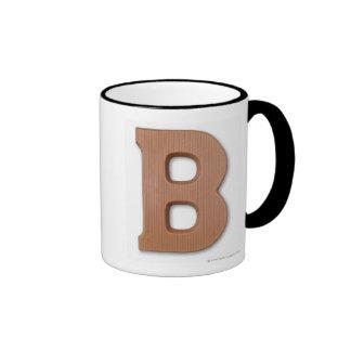 Letra b del chocolate taza de dos colores