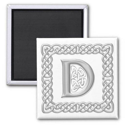 Letra céltica D del monograma del nudo del efecto  Imán Cuadrado