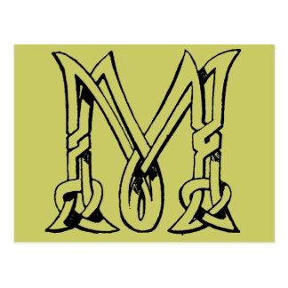 Letra céltica M del monograma del nudo del vintage Postal