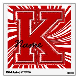 Letra colegial K de la etiqueta de la letra, roja