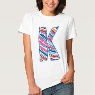Letra colorida K como en Kay Camisas