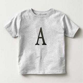 Letra concreta A del monograma Camisas