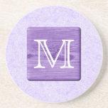 Letra de encargo del monograma. Imagen de la mader Posavasos Diseño